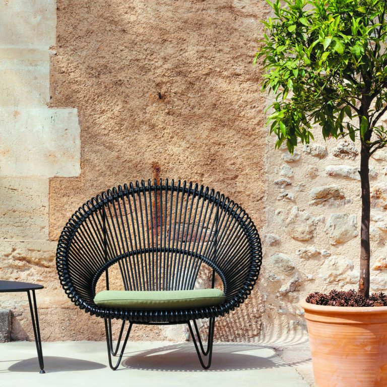 Vincent Sheppard Roy Cocoon Garden Lounge Chair With